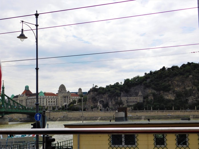 budapest travel scout 5